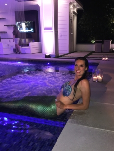 Mermaid Nancy Poolside